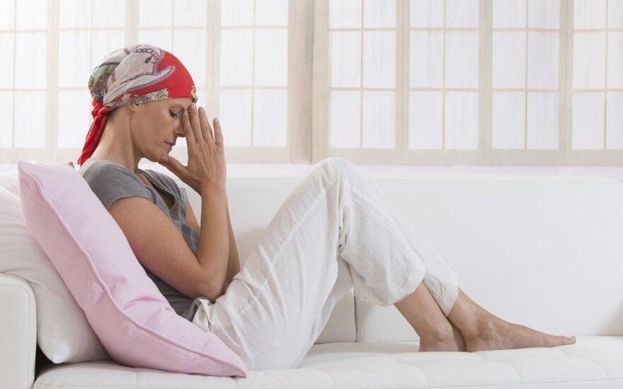 Su mirtina liga kovojanti moteris: sunkiausia ištverti žmonių žvilgsnius