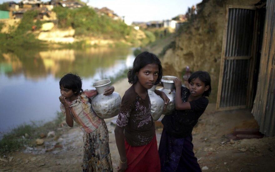 Mianmaras atmeta JT tyrimą dėl rohinjų