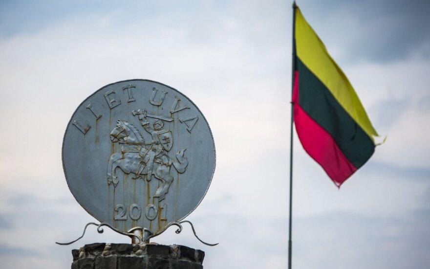 Alytuje kyla paminklas emigrantams