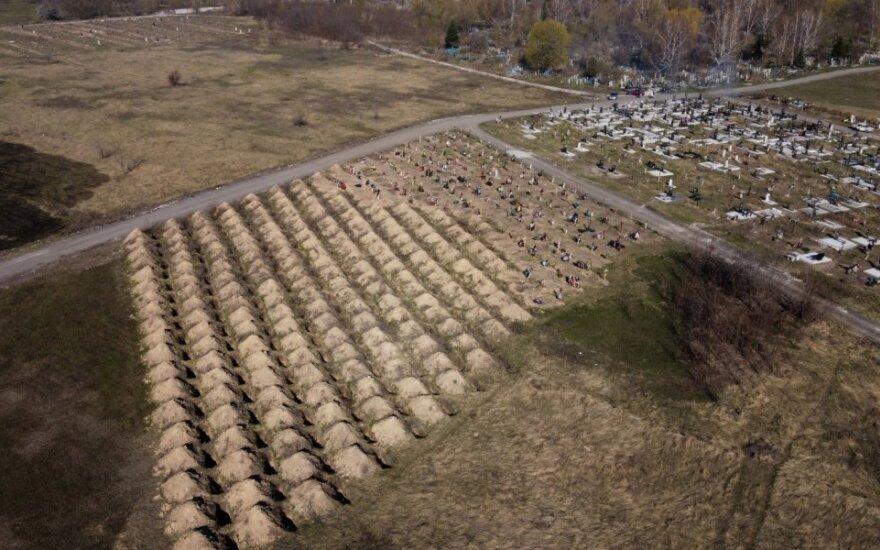 Ukrainos Dnipro miestas paruošė numatomoms koronaviruso aukoms šimtus kapų