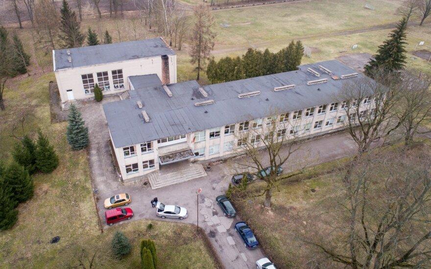 Kaimo mokyklos direktorius išklojo visą tiesą, kas vyksta su Lietuva