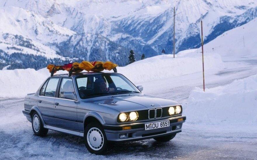 """BMW 325i Allrad"""