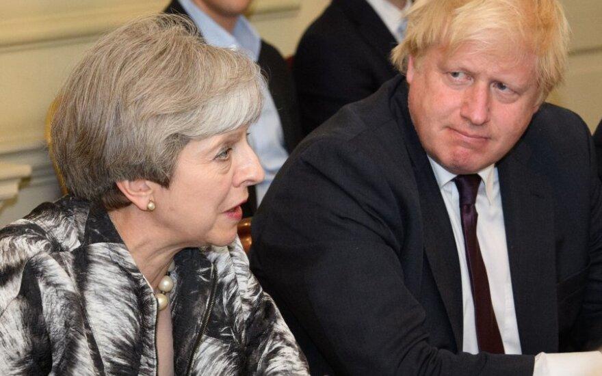 Theresa May, Borisas Johnsonas