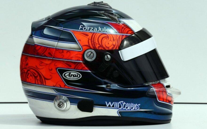 """""""Manor"""" komandos piloto Williamso Stevenso šalmas"""
