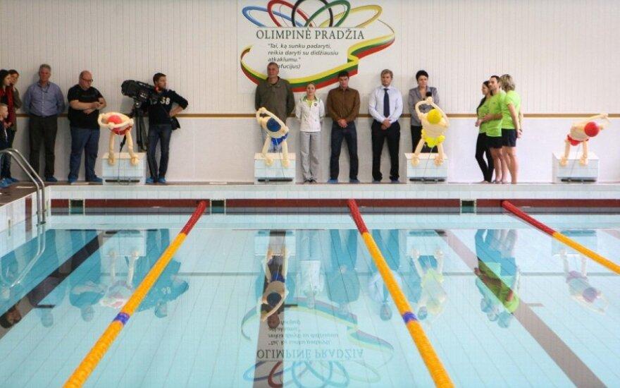 Atidaromas suremontuotas baseinas Vilniuje