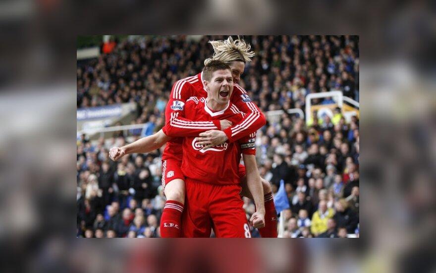 """Stevenas Gerrardas ir Fernando Torres (""""Liverpool"""")"""