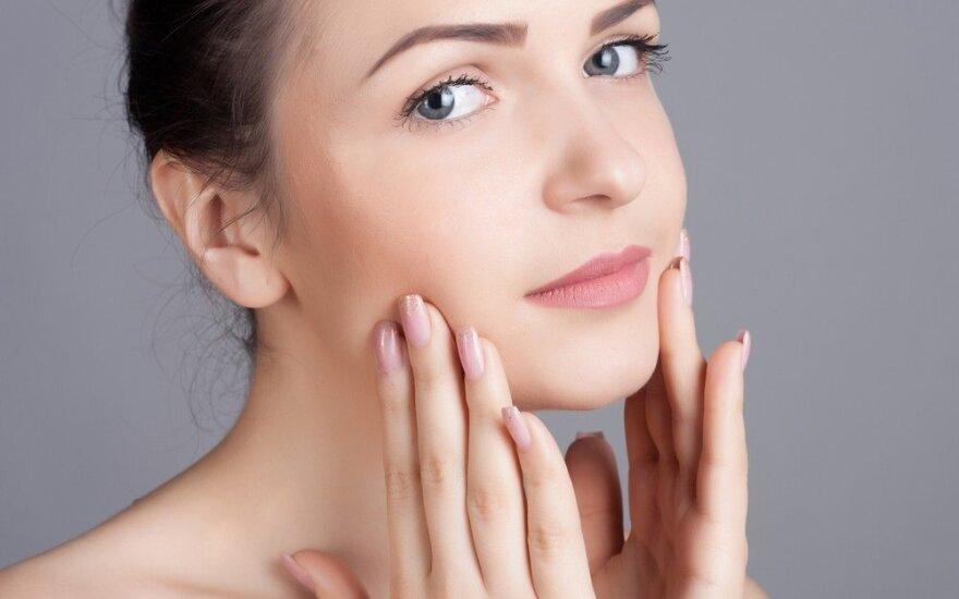Patarimai, kurie padės atitolinti odos senėjimą