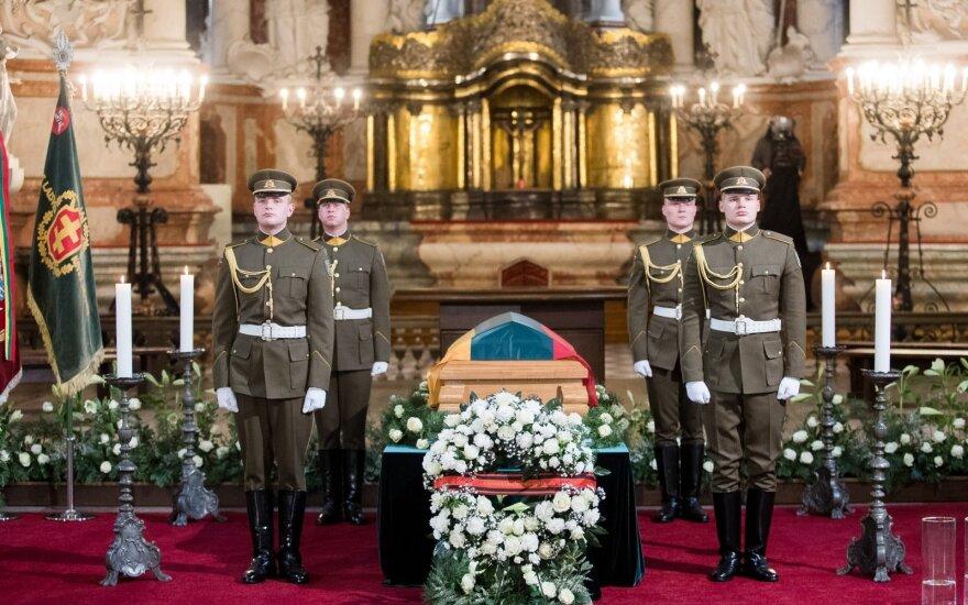 Lietuva atsisveikina su nukankintu partizanų vadu: nepriklausomybę mylėjo labiau nei gyvenimą