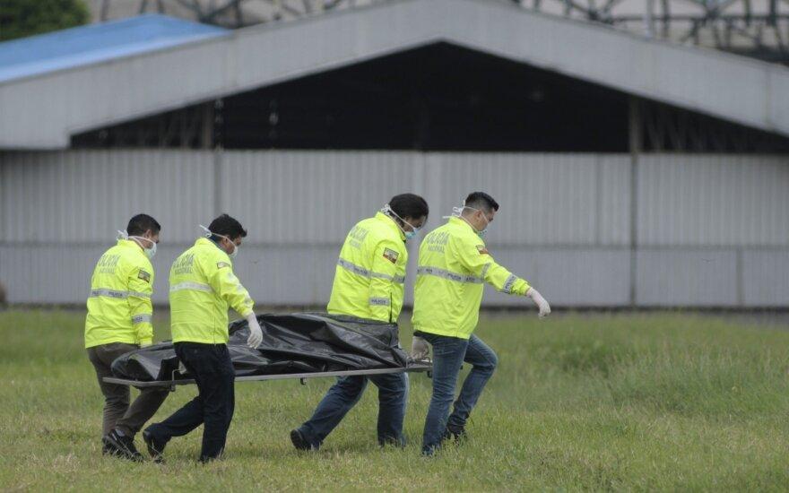 Mįslinga tragedija: iš lėktuvo iškrito ir žuvo du vyrai