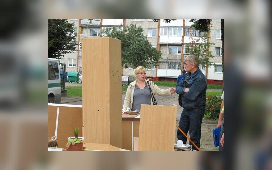 Savivaldybei priklausančio buto šeimininkė Danutė Daujotienė nuomininkus išmetė tiesiog į gatvę