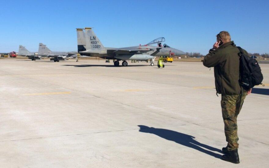 Keisis Karinių oro pajėgų vadai