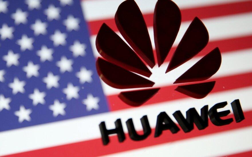 """Kinija ragina Jungtines Valstijas atšaukti sankcijas """"Huawei"""""""