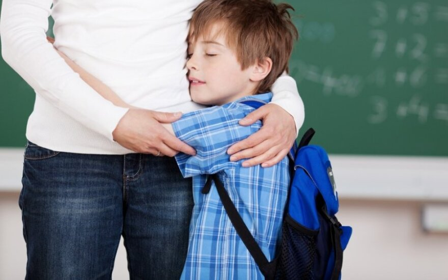 Kiek kartų per dieną reikia apkabinti vaiką, kad užaugtų laimingas