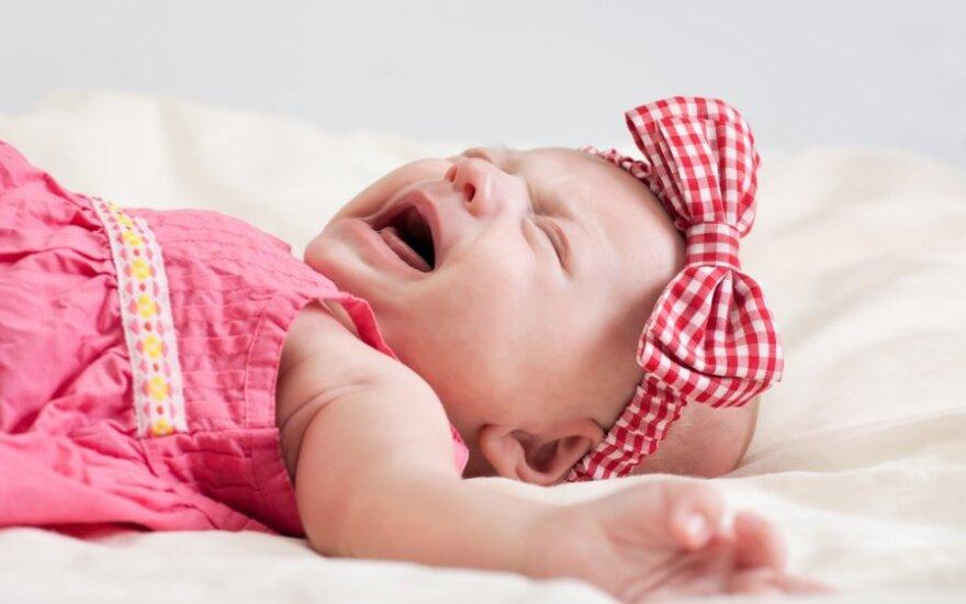 Naujagimis verkia - apie ką pirmiausia reikėtų pagalvoti?