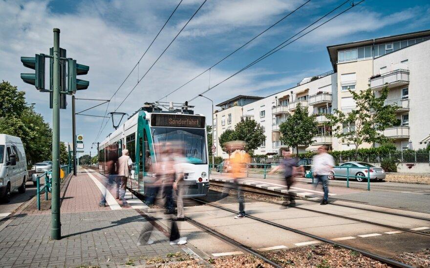 """""""Siemens"""" išbandys pirmą pasaulyje savavaldį tramvajų"""
