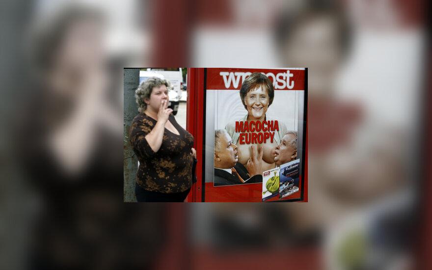 """Žurnalo """"Wprost"""" viršelis su A.Merkel ir L. ir J. Kaczynkiais"""