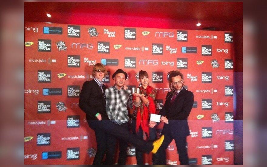 """Grupė """"BrassBastardz"""" gavo """"The People's Music Awards""""  apdovanojimą. (asmeninio archyvo nuotr.)"""