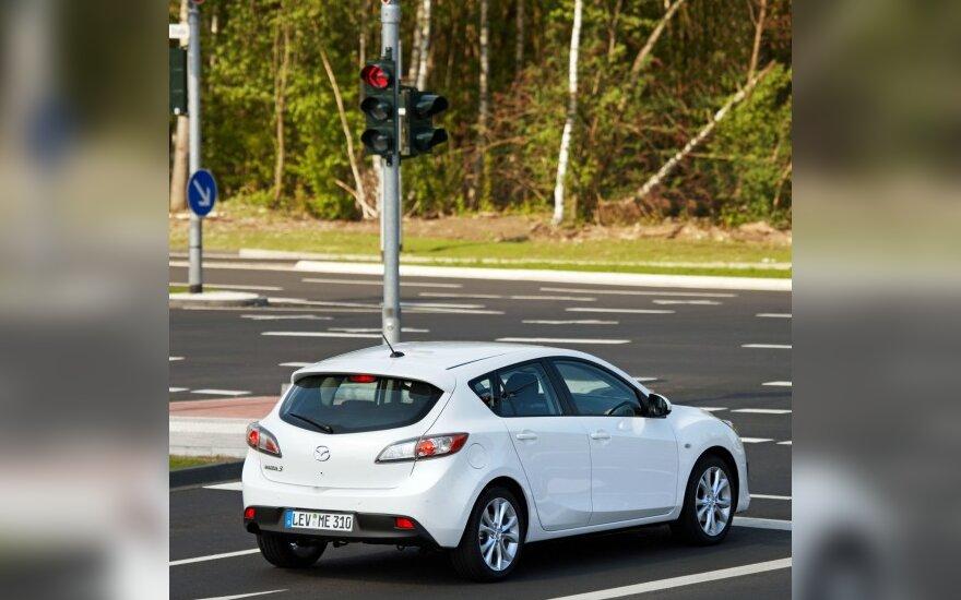"""Mazda 3"" su ""i-stop"" sistema"