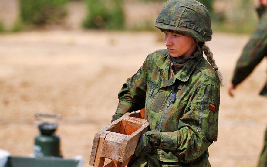 Lietuvos kariuomenėje moterų daugiau negu daugelyje NATO šalių