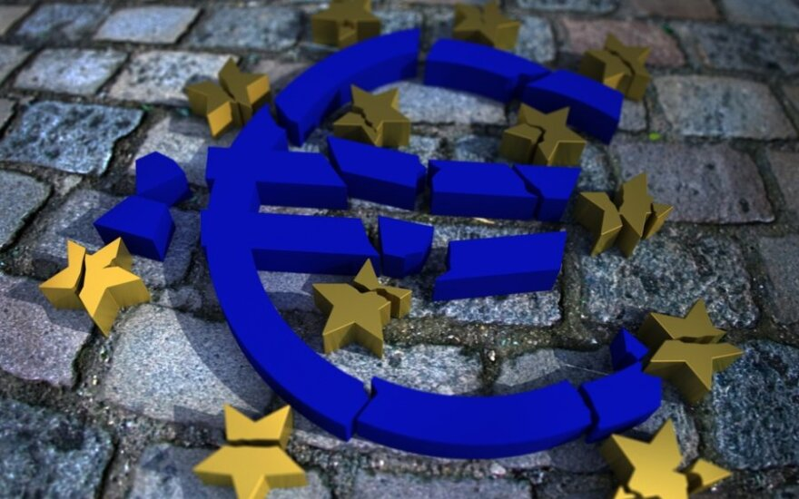 Euro zonos ekonominis pasitikėjimas ir toliau mažėja