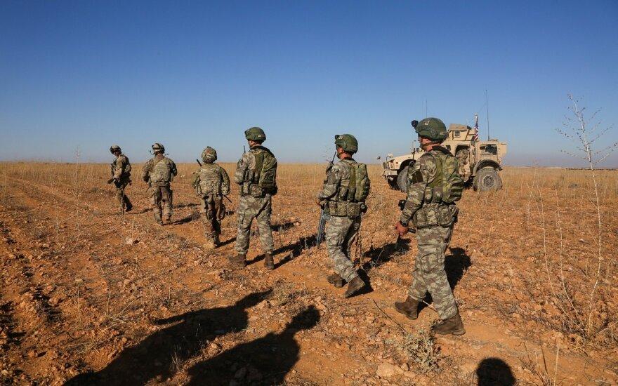 Maskva abejoja Vašingtono nusiteikimu išvesti visą kontingentą iš Sirijos
