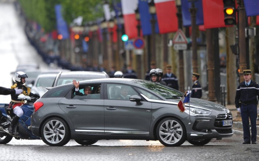 Prancūzijos prezidento automobilis Citroen DS5