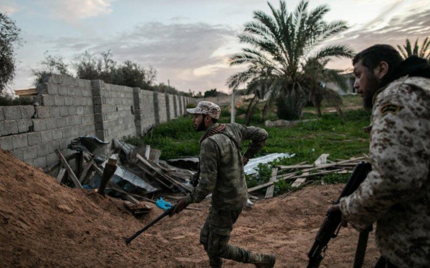 JT pripažintos Libijos vyriausybės kovotojai