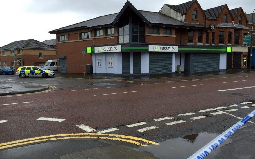 Belfaste susprogdintas automobilis, vienas žmogus nugabentas į ligoninę