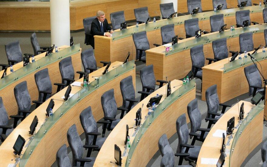 Etikos ir procedūrų komisijos pirmininkas prabilo apie galimybę svarstyti paleisti Parlamentą