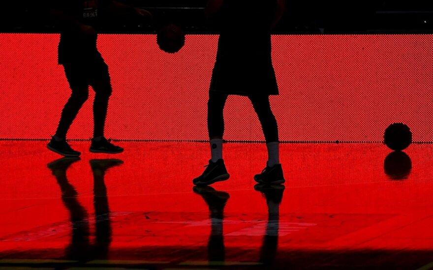 Krepšininkų prašoma kitą sezoną nusirėžti pusę savo algos