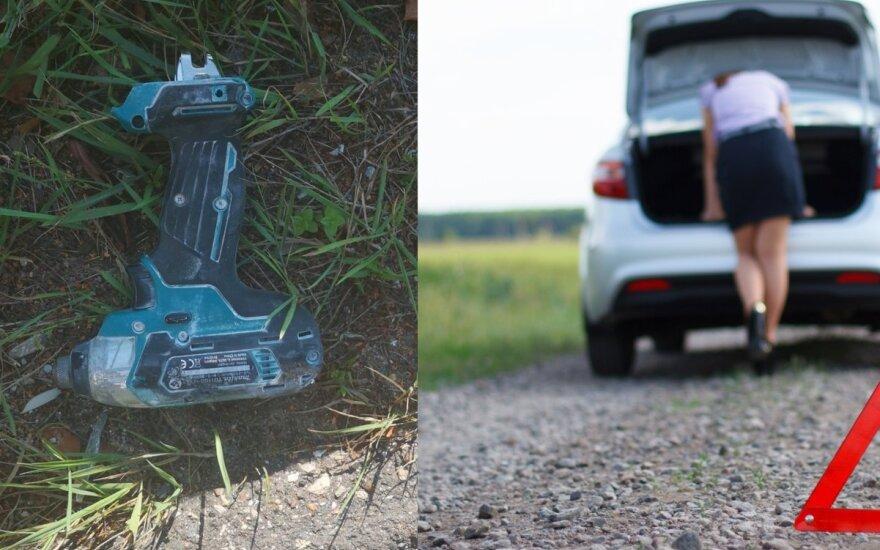 Moteris šaukiasi pagalbos: ieško, kas autostradoje į automobilį metė akumuliatorinį suktuką