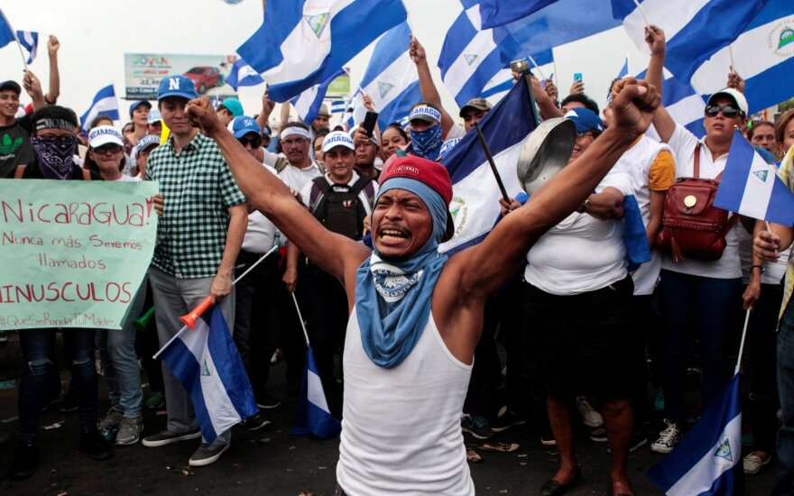 Nikaragvą vėl krečia prieš prezidentą nukreiptų protestų banga