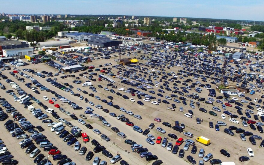 Lietuviai vis dažniau automobilius perka lizingu: kokie populiariausi?