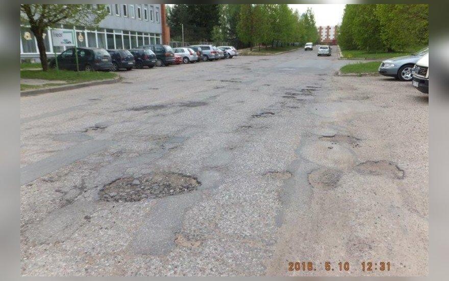 Vilniečiai, nebesijuokite iš Kauno: štai kaip atrodo gatvė sostinėje