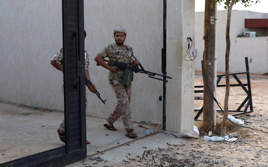 Užsienio pripažįstamos Fayezo al-Sarrajaus vadovaujamos vyriausybės pajėgos