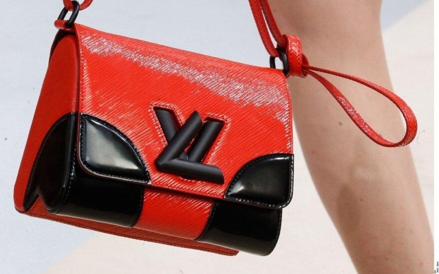 """PETA perka """"Louis Vuitton"""" akcijų"""