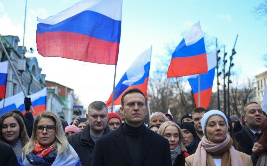 JAV pasiuntinys sveikina prieš Putiną nukreiptus protestus Maskvoje