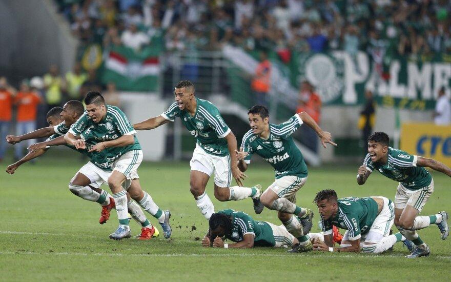 """""""Palmeiras"""" futbolininkai džiaugiasi"""