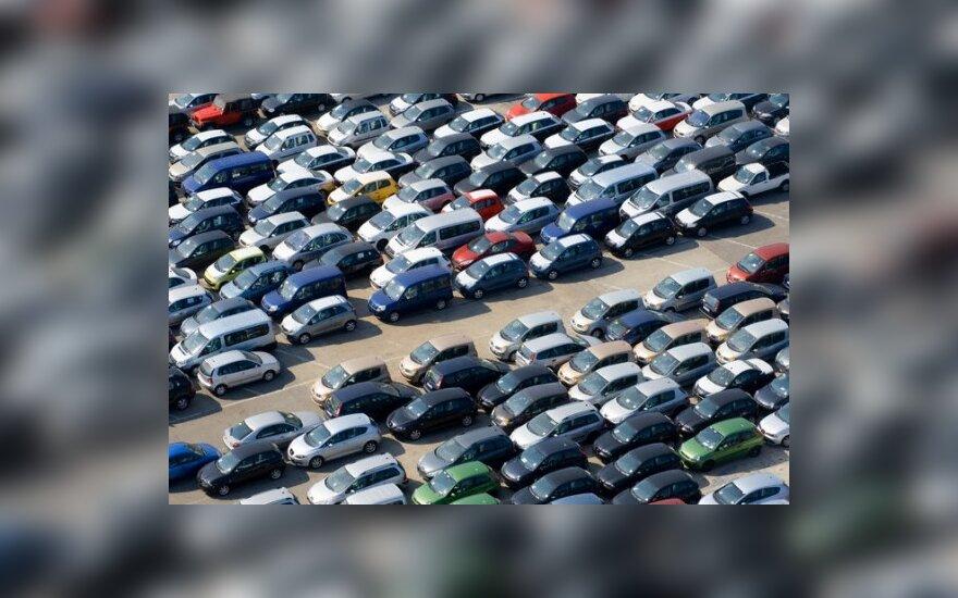Lapkritį Rusijoje naujų automobilių pardavimai smuko 46 proc.