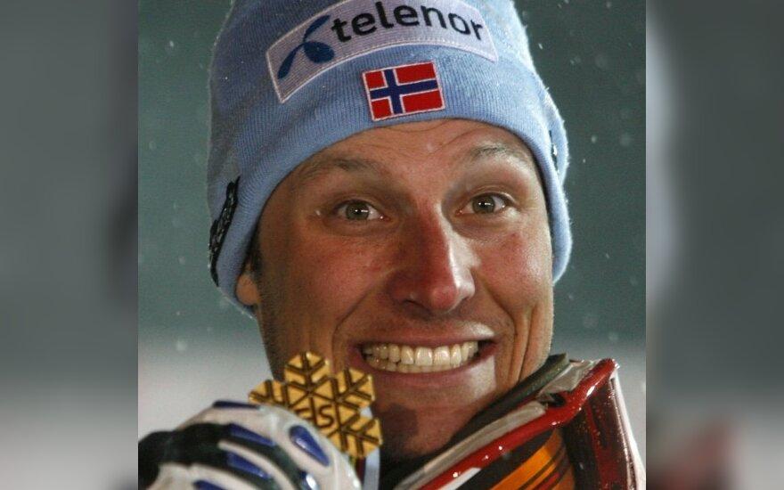 Planetos pirmenybių auksas - Norvegijos kalnų slidininkui A.L.Svindalui