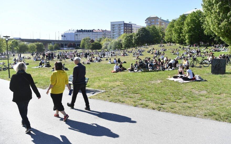 Švedijoje COVID-19 protrūkio aukų skaičius viršijo 5 000