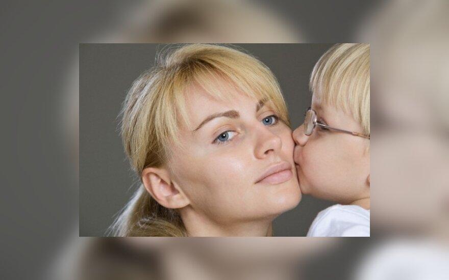 Mama su sūnumi