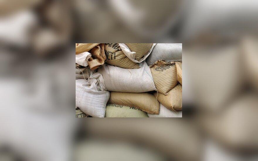 Lenkijos kariuomenė išparduos maisto sandėliuose sukauptą perteklių