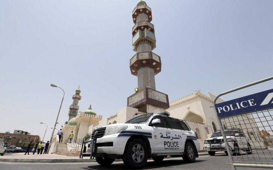 Saudo Arabijoje susidūrus autobusui ir benzinvežiui žuvo keturi britai piligrimai