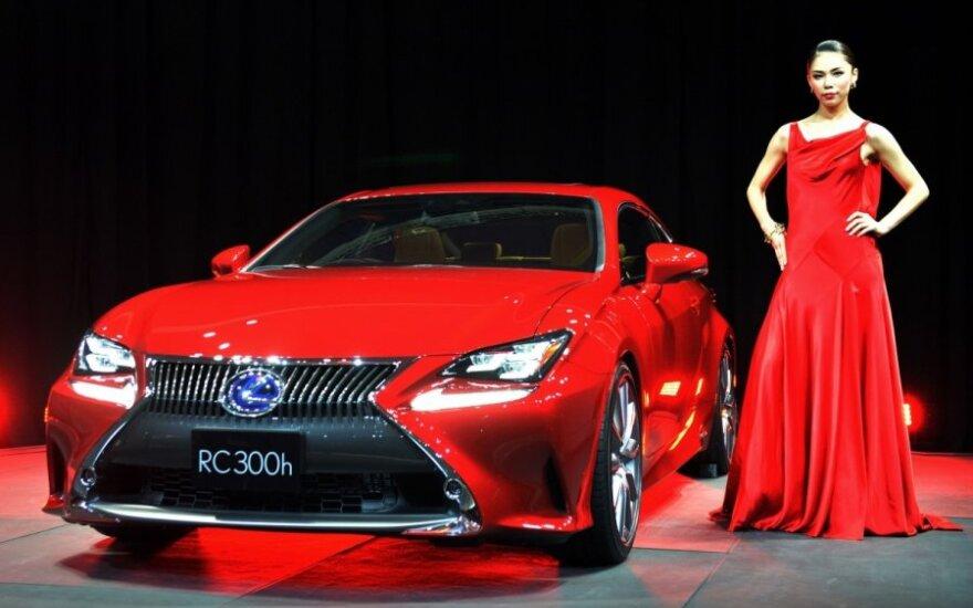 Lexus RC-300h
