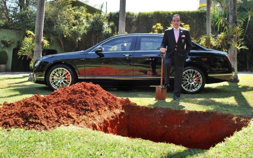 Bentley laidotuvės