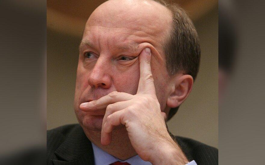 Premjeras žada dar šiemet pasirūpinti partijų finansavimo skaidrumu