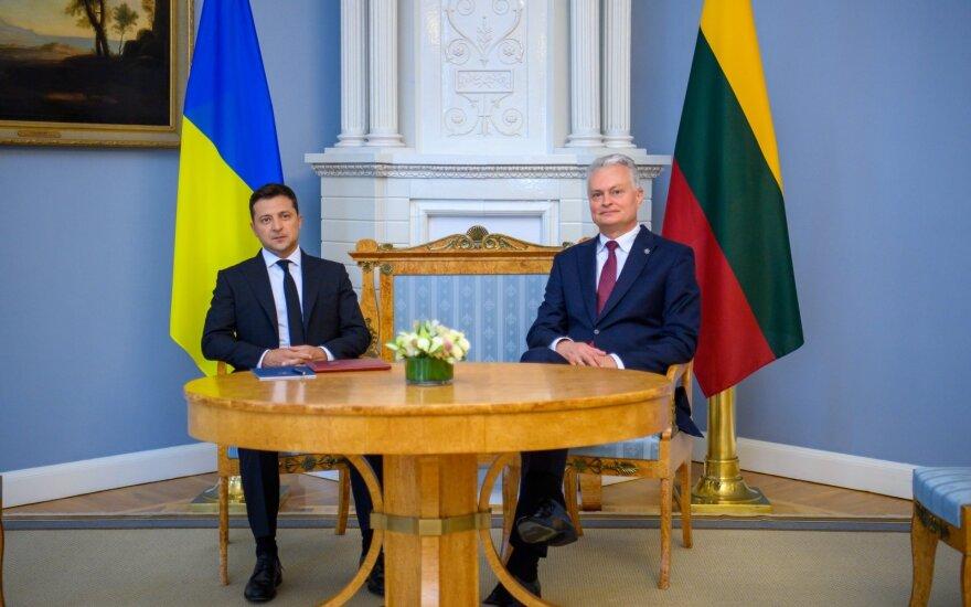 Nausėda: turime siųsti aiškią žinią – euroatlantinei šeimai reikia stiprios Ukrainos