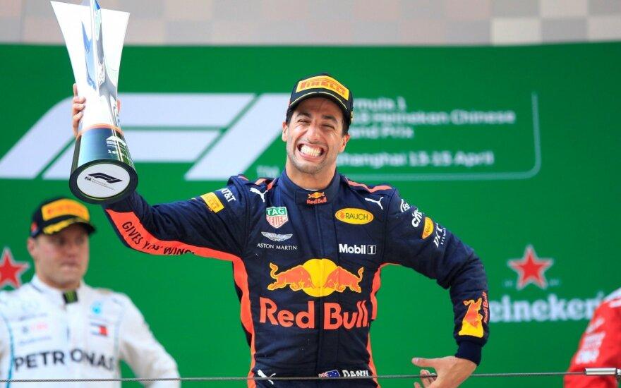 """""""Formulės-1"""" lenktynės Kinijoje"""