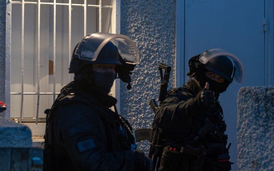 Prancūzijos specialiojo dalinio pareigūnai